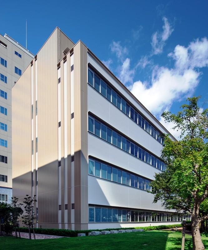 和歌山県立医科大学 医薬看共同研究施設